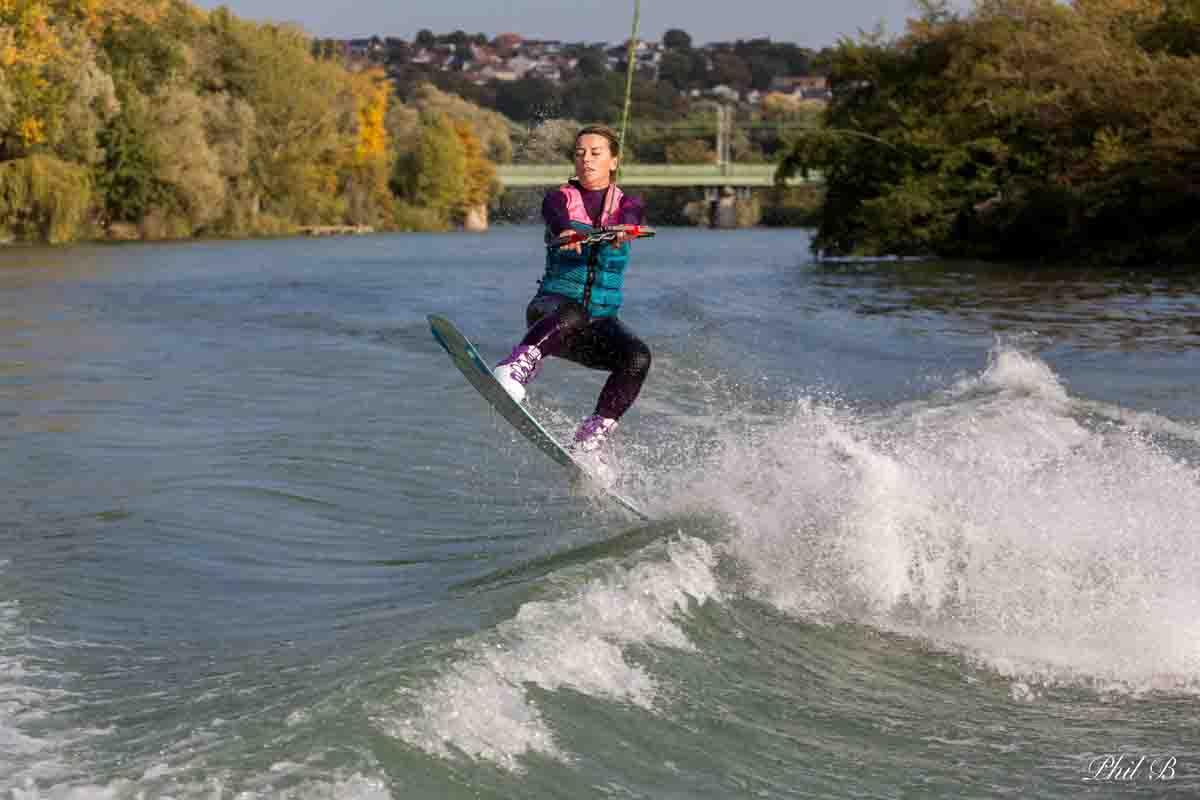 Wakeboard en région parisienne à St Maur des Fossés sur la Marne | SNC