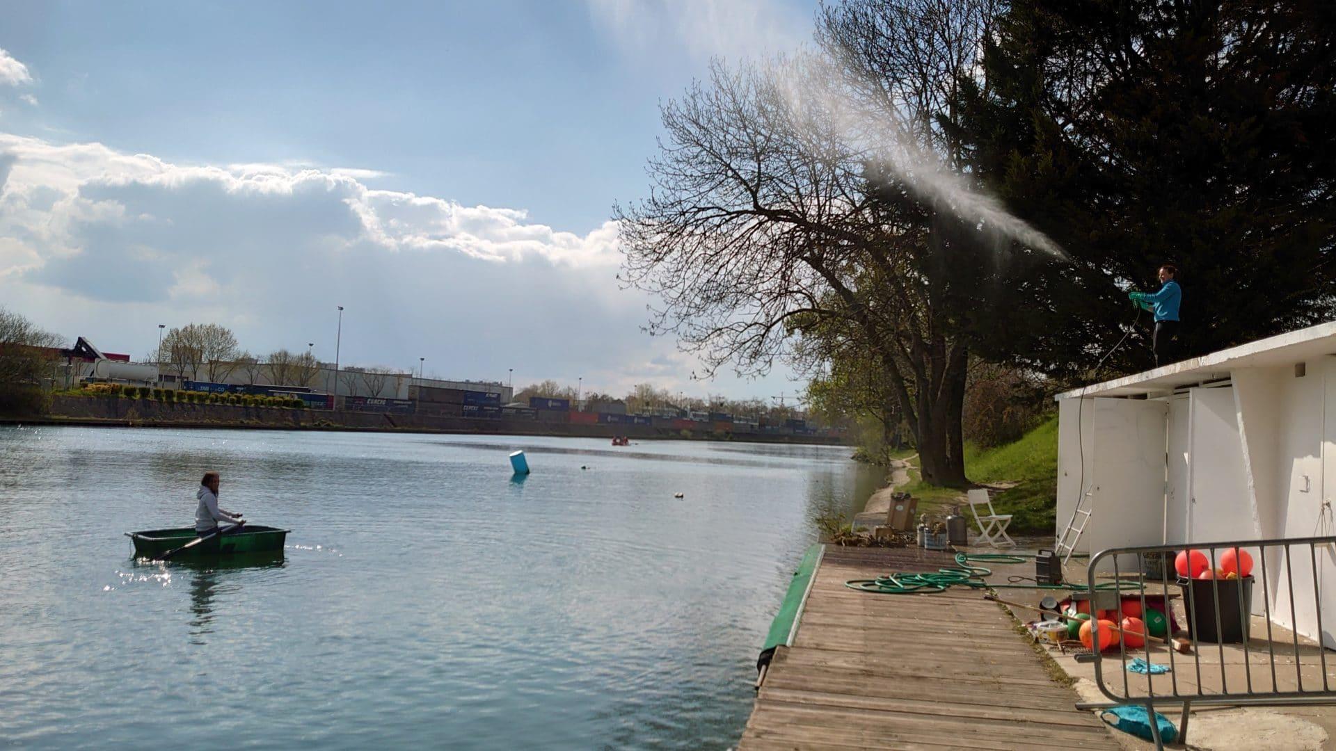 Nettoyage du Club de ski nautique et de wakeboard, et test de la barque